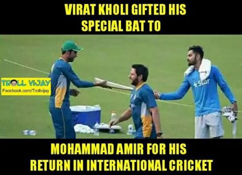 Virat Kohli gifted his bat to Mohammad Amir during Worldcup T20 2016