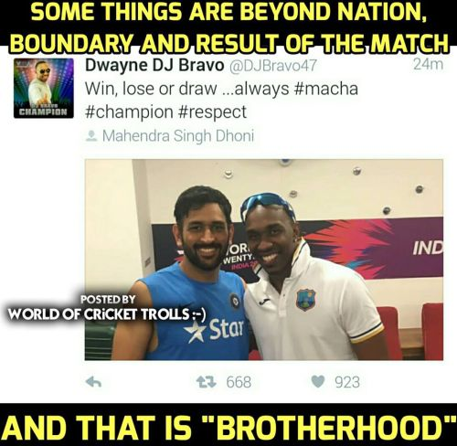 Dhoni and Bravo Photos