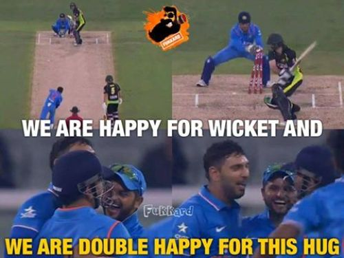 Dhoni and Yuvraj Hugging and Celebrating